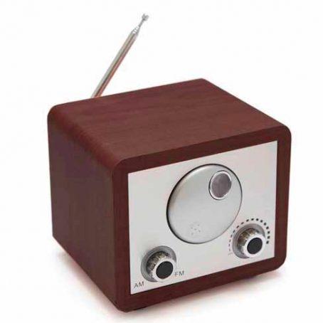 2709 Wood Radio