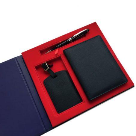 5004 Passport Holder Luggage Tag Pen Set
